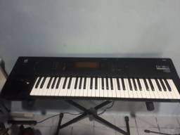 Teclado Workstation Korg 01w /fd