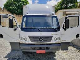 Mercedes Benz Acello 1016 com Baú Carga Seca (2018)