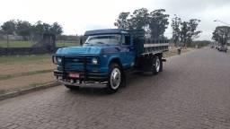Caminhão Chevrolet D70