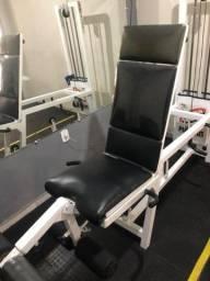 Cadeira extensora e flexora