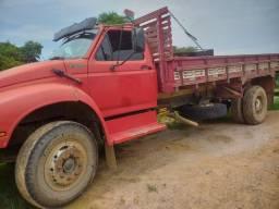 Vendo caminhão e Máquina de blocos