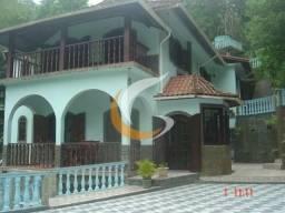 Casa com 3 dormitórios à venda, 520 m² por R$ 980.000 - Independência - Petrópolis/RJ
