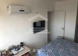 (ES) Apartamento no Altos do Calhau com 02 Quartos sendo 01 Suíte - Varanda