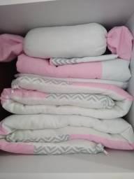 Kit Protetor de Berço Branco, Rosa e Cinza