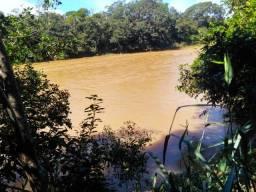 Oportunidade Única: Fazenda de 1.300 Hectares Com Rio e Nascente (Toda Bruta) em Arinos-MG
