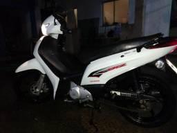Vendo Honda/Biz 125cc EX - 2015