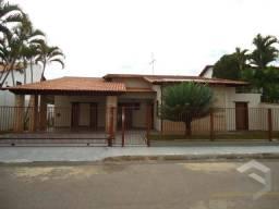 Excelente casa na qi 6, ventilada, ótima planta e área externa