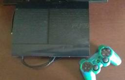 PS3, com controle e três jogos
