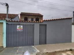 Casa para aluguel, 4 quartos, 1 vaga, Santa Helena - Sete Lagoas/MG