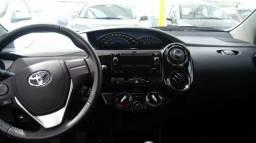 Toyota Etios Cross 14/15. Apenas 43mil Km - 2015