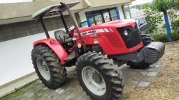 Trator Massey Ferguson 4275 - 4 x 4
