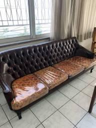 Sofá de 5 lugares e duas poltronas