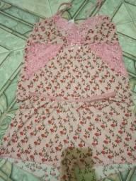 Conjunto de dormir e camisolinhas