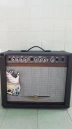 Amplificador para guitarra Oneal OCG 200