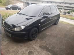 Vendo Peugeot 2004 valor 7.000 reais