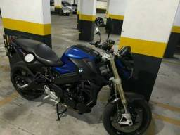 Título do anúncio: Vende-se moto BMW f 800