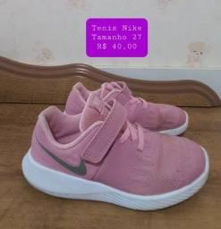 Tênis  Nike - TAM 27