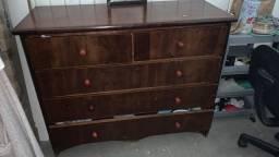 Gaveteiro em madeira  3 gavetas grandes e duas pequenas