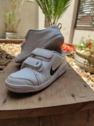 Tênis Nike 27 Branco Novinho