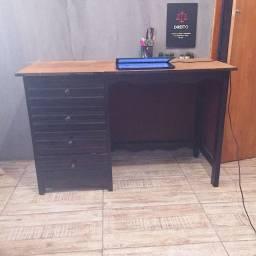Escrivaninha Grande 4 Gavetas de Madeira
