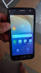 Vendo este celular  J 5 galaxy prime com atela trincada  valor  290. 00 Reais