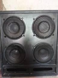Vende-se essa caixa de som 4 alto falante de 15 imã 350