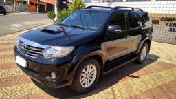 Toyota Hilux SW4 2015 Disel - 7 lugares