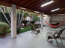 Casa bairro Nova Campo Grande MS, contendo piscina, churrasqueira, fogão a lenha