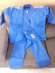 Kimono Azul M4 -12 anos completo