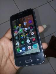 Samsung j1 vai com carregador
