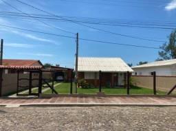 Vende-se casa em ótimo estado (Balneário Pinhal)