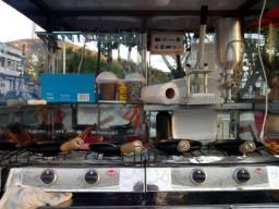 Carrinho de tapuoca e churros e barraca completo