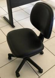 Cadeira de trabalho com Rodizio