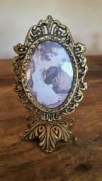 Porta retrato antigo em bronze.