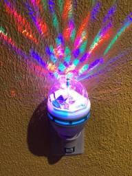 Lampada Giratória Rgb P/ Festas Bivolt + Adaptador