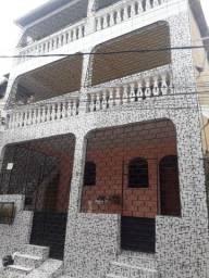 Título do anúncio: Aluga-se uma casa em Itapuã