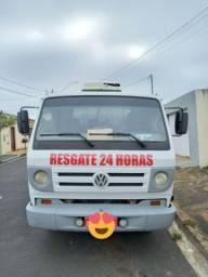 Caminhão Guincho Plataforma 8150 Delivery
