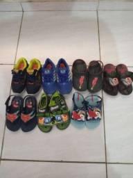 Lote de calçados de menino