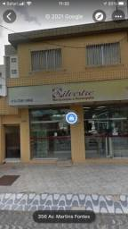 Título do anúncio: 2 LOJAS -  1 Sala Vila nova - Cubatao - 2 mil