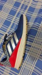 Tênis Adidas original 50 reais