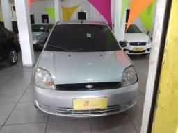 Fiesta 1.0, 2006 - básico/ar, entrada + 48x fixas de R$383