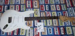 Guitarra Fender Squier Affinity  Stratocaster Arctic White