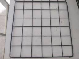 Vendo 12 telas aramadas que serve para cercado para roedores tamanho 30x30 e 40x10