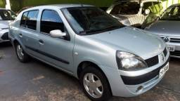 Clio Sedan 1.0 2003 Completo - 2003