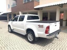 Hilux SRV 3.0 diesel 4x4 Automática aro 17 - 2013