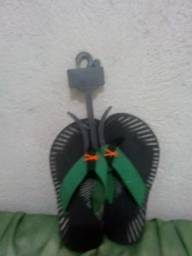 Vendo sandália Kenner