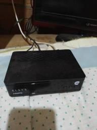 """Antena """"oi tv"""" com aparelho"""