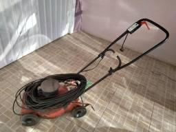 Vendo máquina de cortar grama + extensão