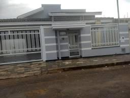 Aluga-se casa em Carmo do Paranaíba