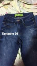 Calças jeans, 3 por 100,00 (nao respondo comentários aleatórios)